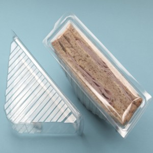 SINGLE HINGED CLEAR SANDWICH WEDGES (pack of 100)