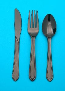 HEAVY DUTY BLACK PLASTIC FORKS (100 per pack)